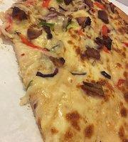 Dominic Pizza
