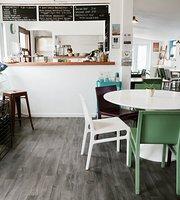 The Boatyard Cafe