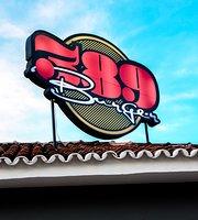 389 Burger Planaltina