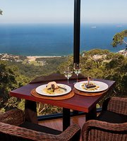 Dining on the Edge @ Tumbling Waters