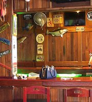 Raffertys Seafood Bar & Grill