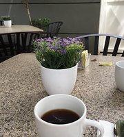 El Cafe 57
