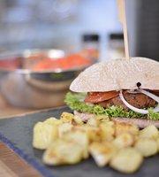 Mamá Eco Vegan Burger