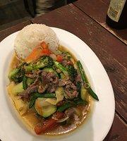 Xhing Xhinh Vietnamese Food