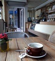 Café Britt Shop
