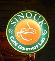 Sinouk Cafe