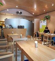 Emons Cafe