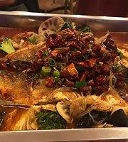 Lucky Cantonese Restaurant
