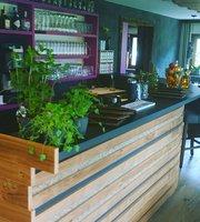 Das Alpengluhn Restaurant