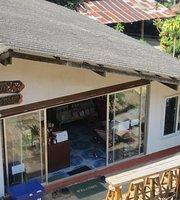 Leng Doi Pui Cafe