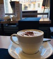 Coffee i Pelmeni
