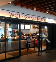 Wolfgang Puck Pizza, Osaka International Airport
