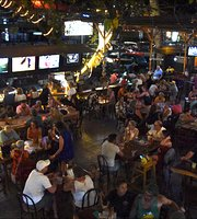 Coconutz Sports Bar & Restaurant