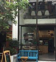 Shanti Cafe & Vegetarian