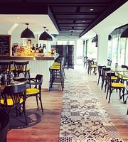 Cafe de la Plage