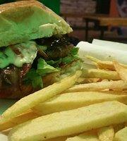 Milo's burger BBQ