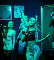 Karaoke-Club Ne Strelyaite V Pianista