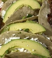 Tacos y Tortas Maya
