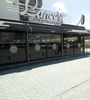 Lances Cafe & Bistro