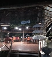 Akaula Cafe