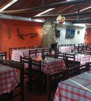 Brasas y Lenos Restaurante