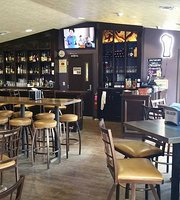 Grey Goose Store & Maxines Pub