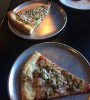 Mo's Italian Cafe & Deli