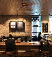 Starbucks (YunDang Road)