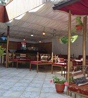 """Café """"Inzhir"""""""