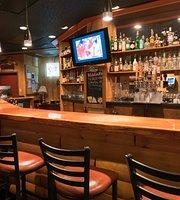 Bear's Den Pub