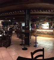 Caffe Des Alpes