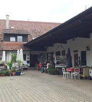 Bruckrainhof Cafe