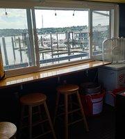 Manette Yacht Club Bar