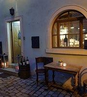 Vinárna u Staré Studny