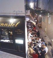 Le Canastel