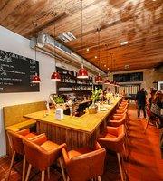 Daghofer's Bar Grill Restaurant