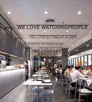 Greyhound Cafe (CentralPlaza Lardprao)