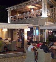 Oasis Cafe-Bar