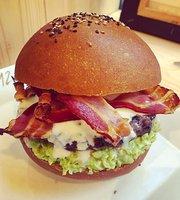 12 Morsi Burger & Friends Caserta