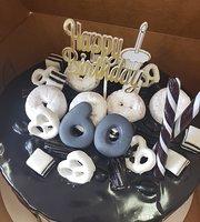 Kristi's Custom Cakes