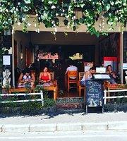 Brata Cafe