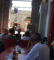 Gusto Napoli