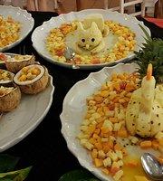 The Ravinala Restaurant - Andilana Beach Resort