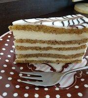 Bela Bacsi Cukraszdaja -- Cake Shop