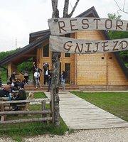 Restoran Gnijezdo