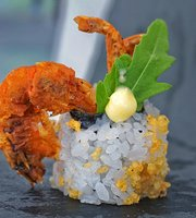 Blanco Restaurant&Sushi