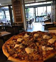 Avanti Pizza Bar & Ristorante