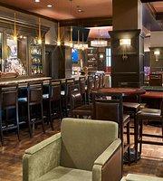 Ernie's Bar