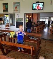 Razzles Family Restaurant & Pub