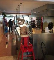 Mon Croissanteria Pizzeria Cafe